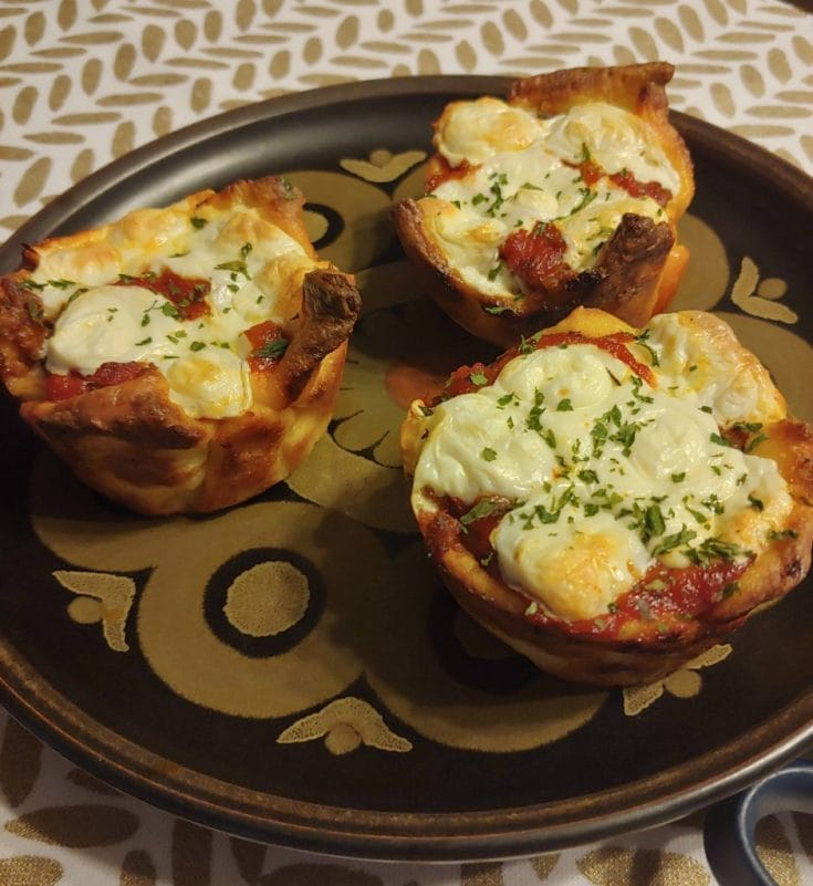 Mini Deep Dish Pizzas (1 net carb)