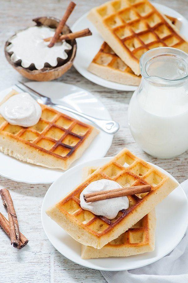 Fluffy Waffles with Cinnamon Cream Recipe