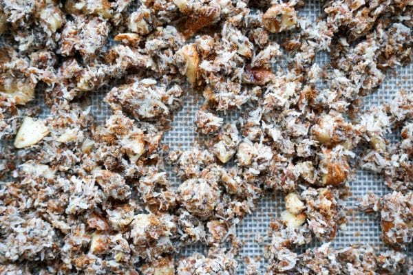 Cinnamon Keto Granola | 5 Ingredients!