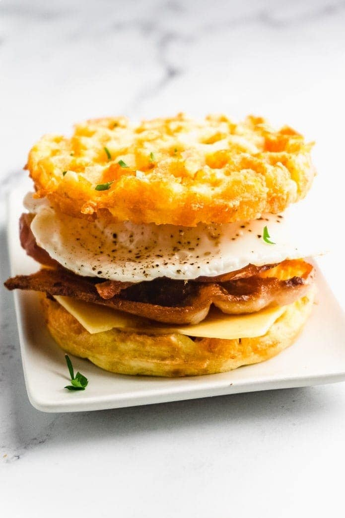 keto bacon breakfast sandwich