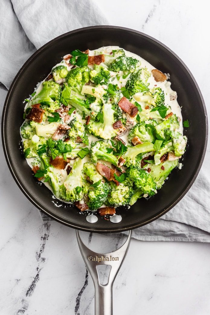 low-carb broccoli with bacon and cheese