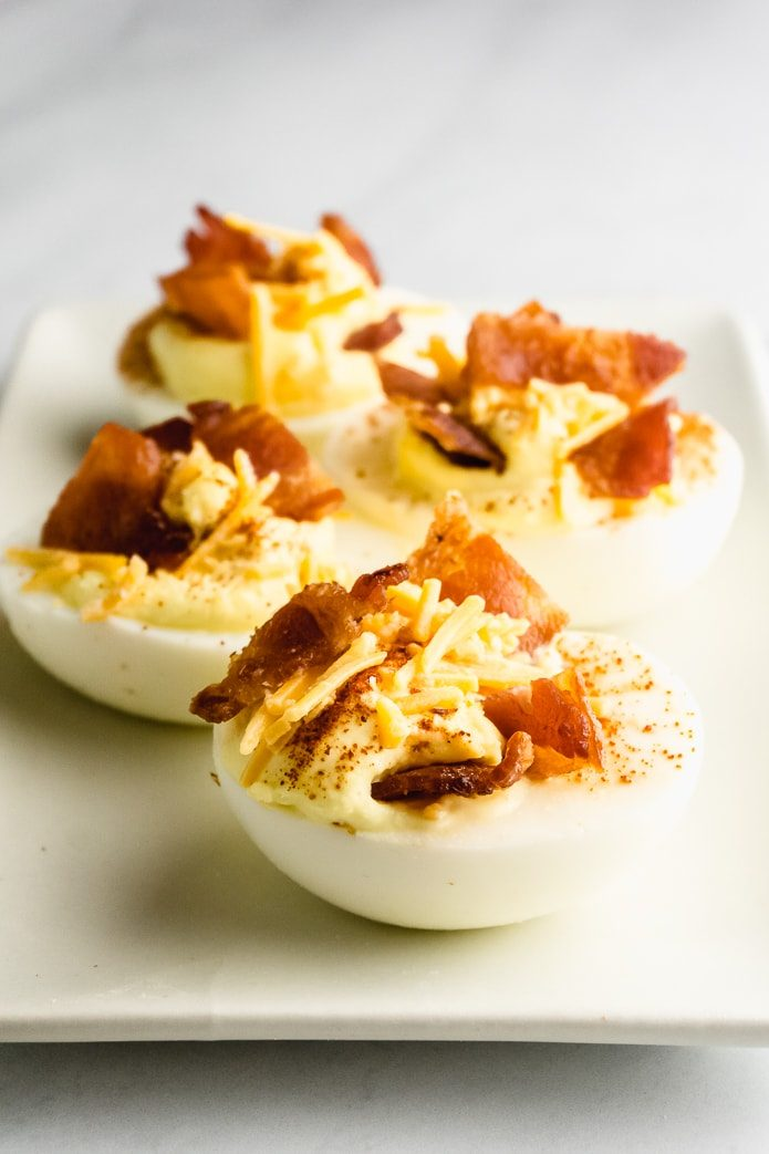 low-carb deviled eggs with bacon and cheddar