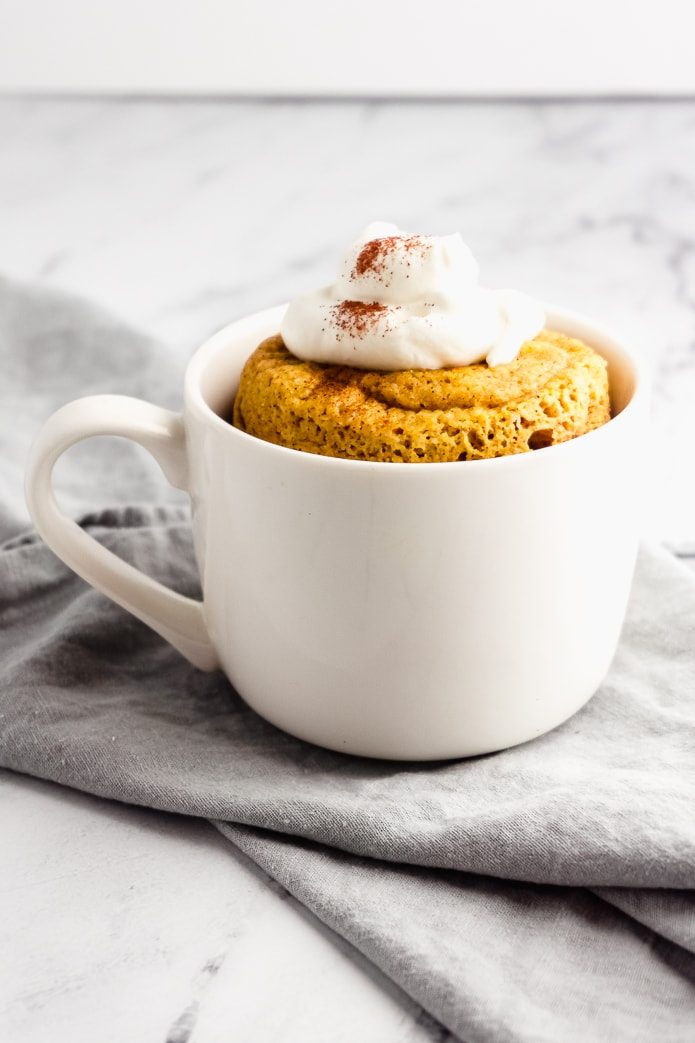 single serving keto pumpkin spice mug cake