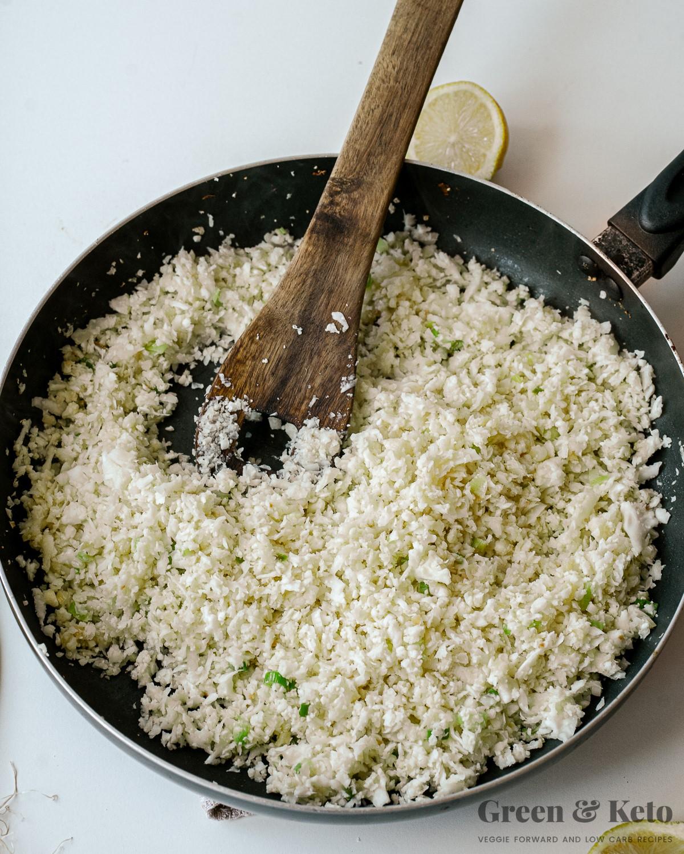 make cauliflower rice